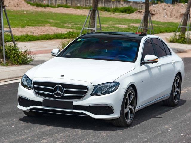 Mua lại Mercedes-Benz E 200 Sport mới chạy 2.000km, đại gia Việt lời tới nửa tỉ đồng Ảnh 1