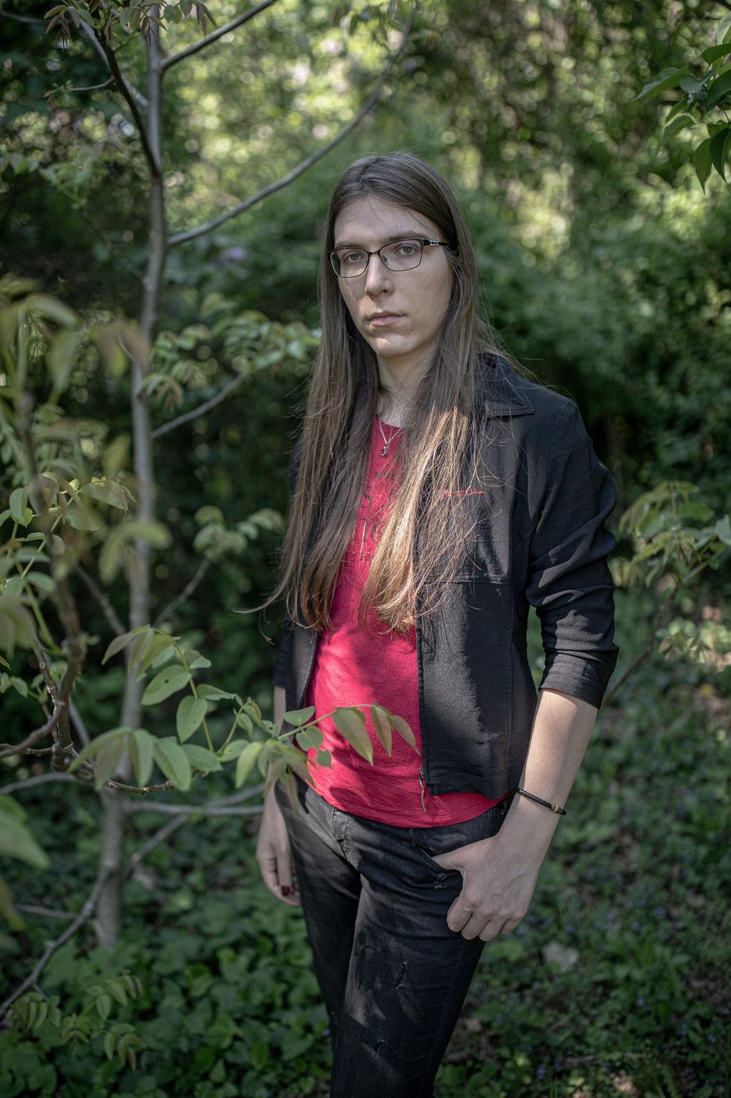 Người chuyển giới Hungary sống trong sợ hãi sau luật mới khắc nghiệt Ảnh 7