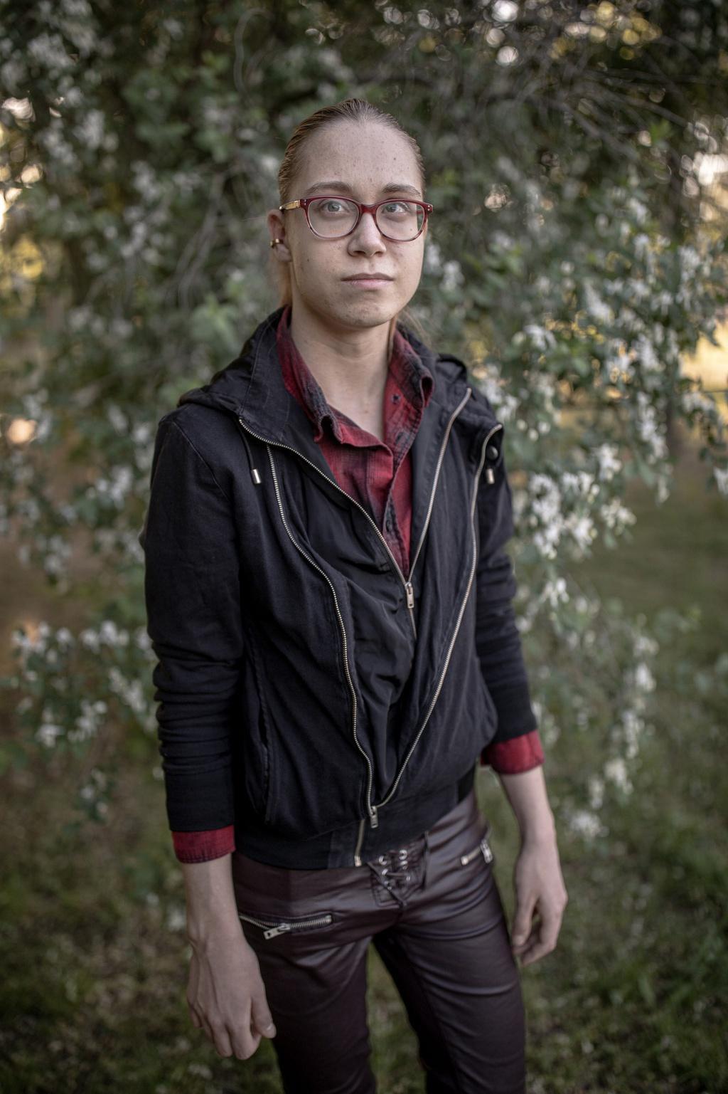 Người chuyển giới Hungary sống trong sợ hãi sau luật mới khắc nghiệt Ảnh 8