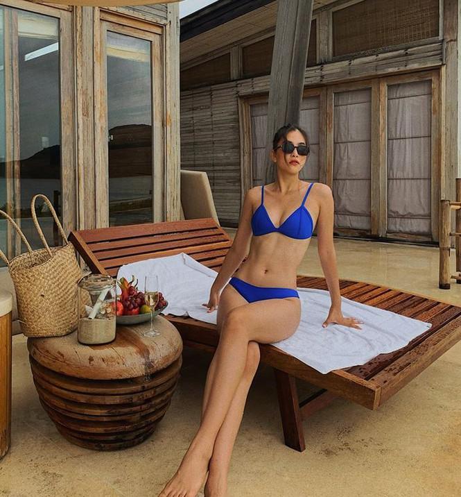 Không thể rời mắt khỏi dàn Hoa hậu khoe ngực đầy, eo thon trong bikini nóng bỏng Ảnh 2