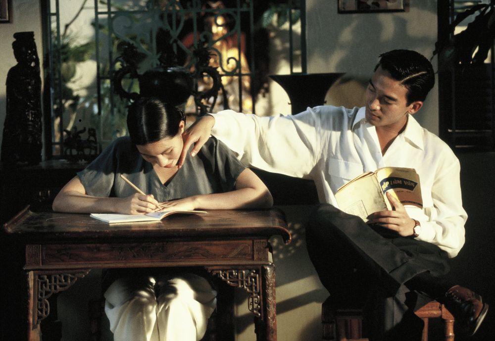 """Bộ phim """" Mùi đu đủ xanh"""" (1993) được bình chọn đứng thứ 66 trong danh sách  Top 100 phim hay nhất mọi thời đại"""
