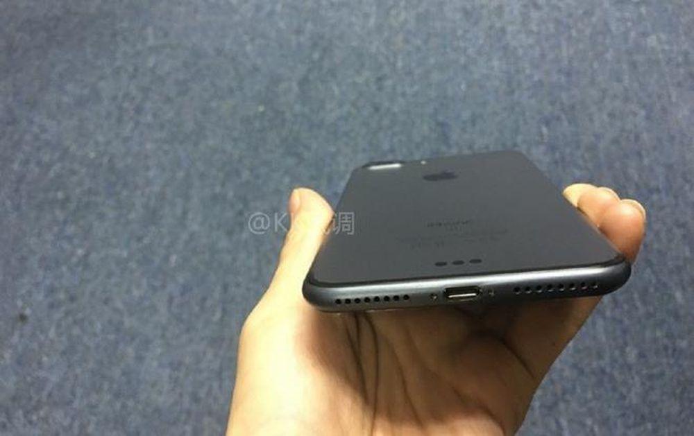 ảnh Thực Tế Iphone 7 Plus Camera Kép Màu đen Báo Tiền Phong