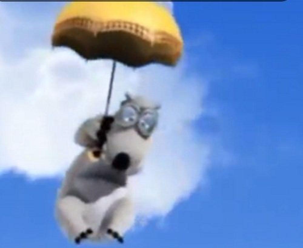 Được biết cô bé đã học theo cảnh chú gấu Backkom trong bộ phim hoạt hình \u201cChú gấu xui xẻo Backkom\u201d.