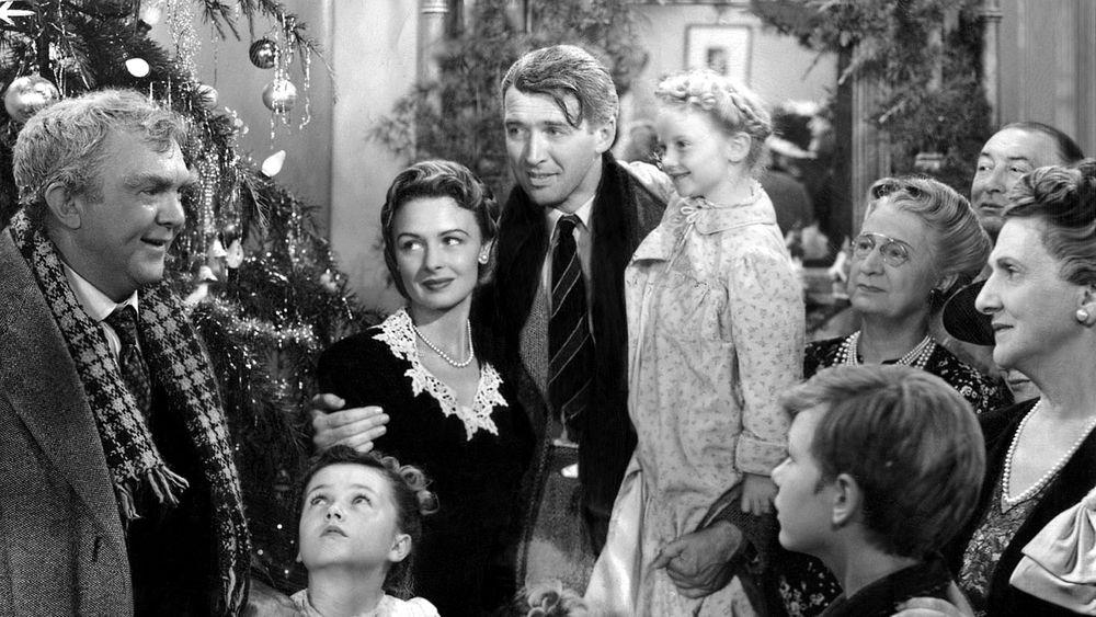 It's a Wonderful Life (1946): Nhận được năm đề cử Oscar và nằm trong danh  sách 100 phim điện ảnh hay nhất mọi thời đại, It's a Wonderful Life là bộ  phim ...