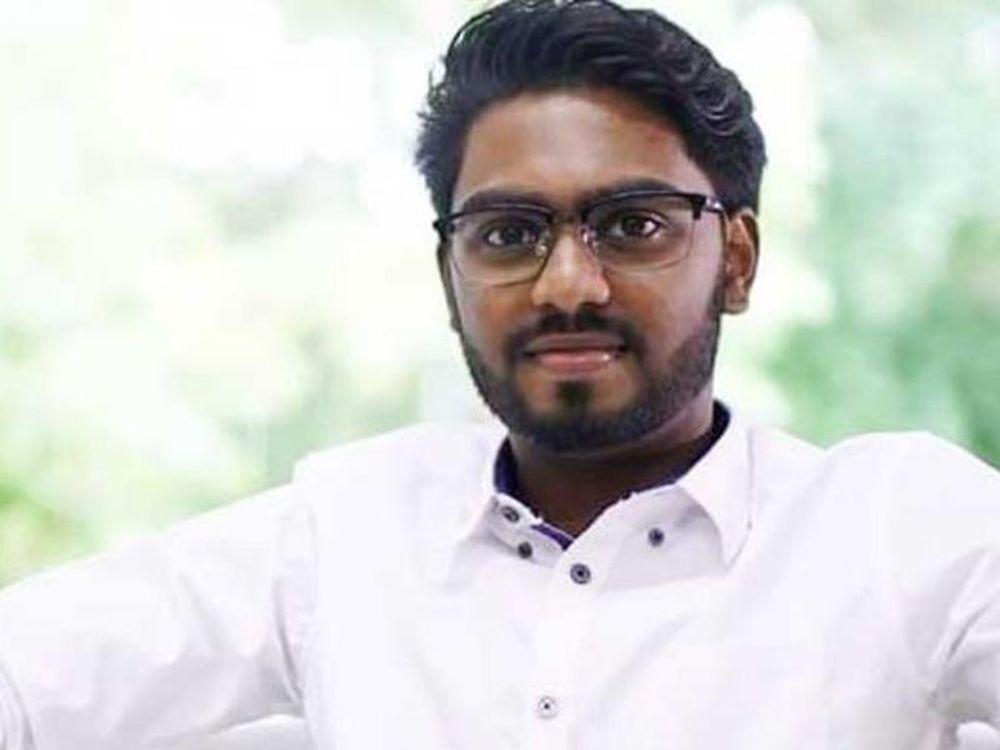 Sinh viên luật 22 tuổi P. Prabakaran vừa viết tên vào lịch sử Malaysia như  là vị nghị sĩ trẻ nhất nước này. Trong 42 năm, kỷ lục trở thành nghị sĩ ...