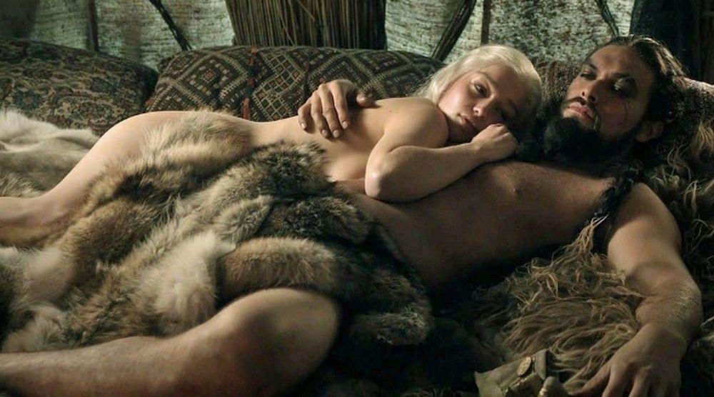 Game of Thrones là series phim dài tập do kênh HBO sản xuất và dựa trên  loạt tiểu thuyết A Song of Ice and Fire của nhà văn George R.R Martin. Bên  cạnh ...
