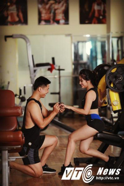 Gặp và yêu nhau tại phòng tập gym, cặp đôi quyết định thực hiện bộ ảnh cưới đánh nhớ tại \u0027Nơi tình yêu bắt đầu\u0027. Phòng tập gym không chỉ mang tới niềm vui ...