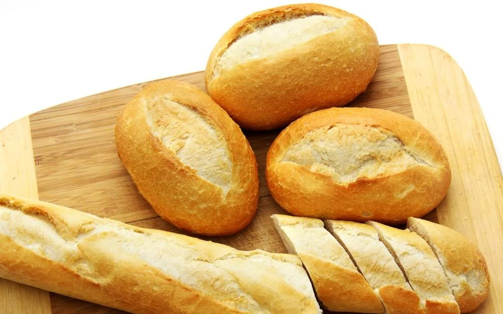Ăn bánh mì thường xuyên có thể gây ra một số bệnh tật, vấn đề sức khỏe nguy  hiểm.
