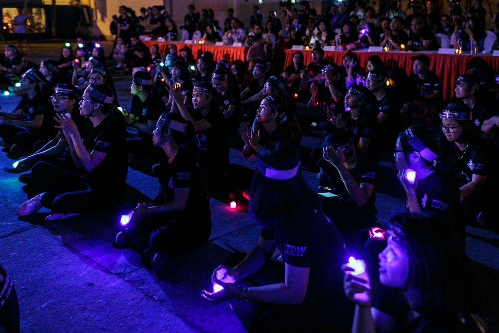 Trong đó, sự kiện chính phát động nghi thức tắt đèn Giờ Trái đất được tổ  chức tại Nhà Văn hóa Thanh niên (Q.1, TP.HCM) tối 24/3. Có gần 2.000 bạn  trẻ, ...