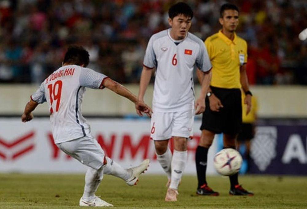 Quang Hải chơi nổi bật trong chiến thắng trước Lào.