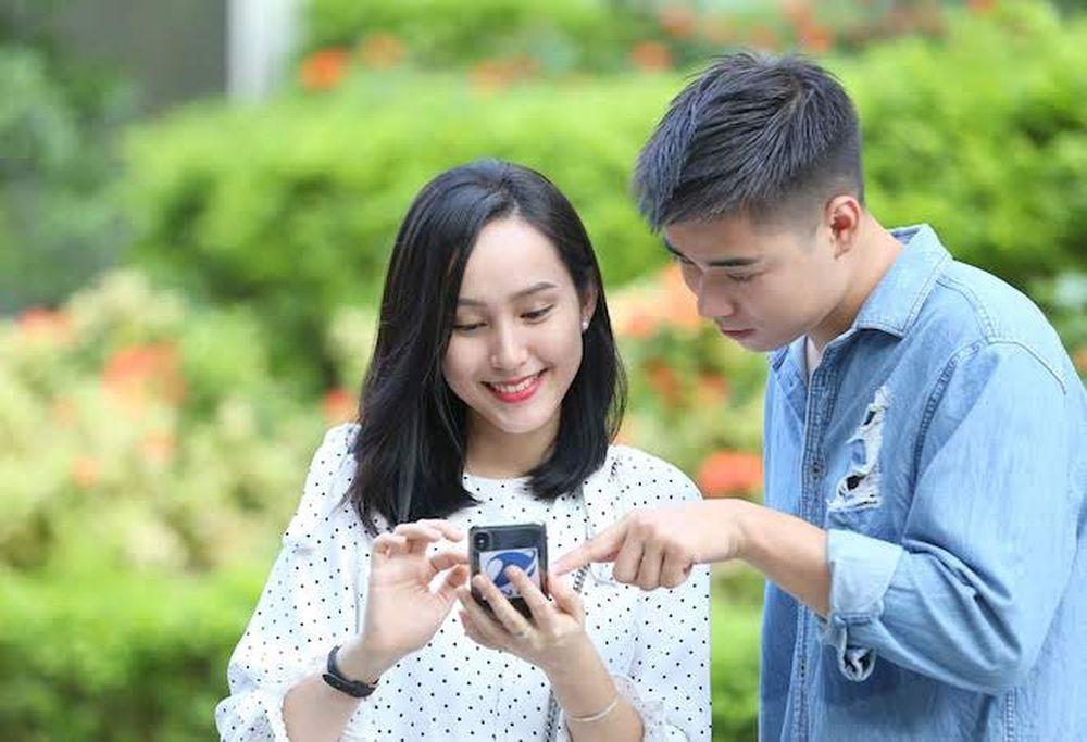 Trong thời gian bắt đầu từ 15/9 cho đến ngày 7/10/2018, 5 nhà mạng di động  VNPT/VinaPhone, Viettel, MobiFone, Vietnamobile và Gtel đã hoàn tất các đợt  ...