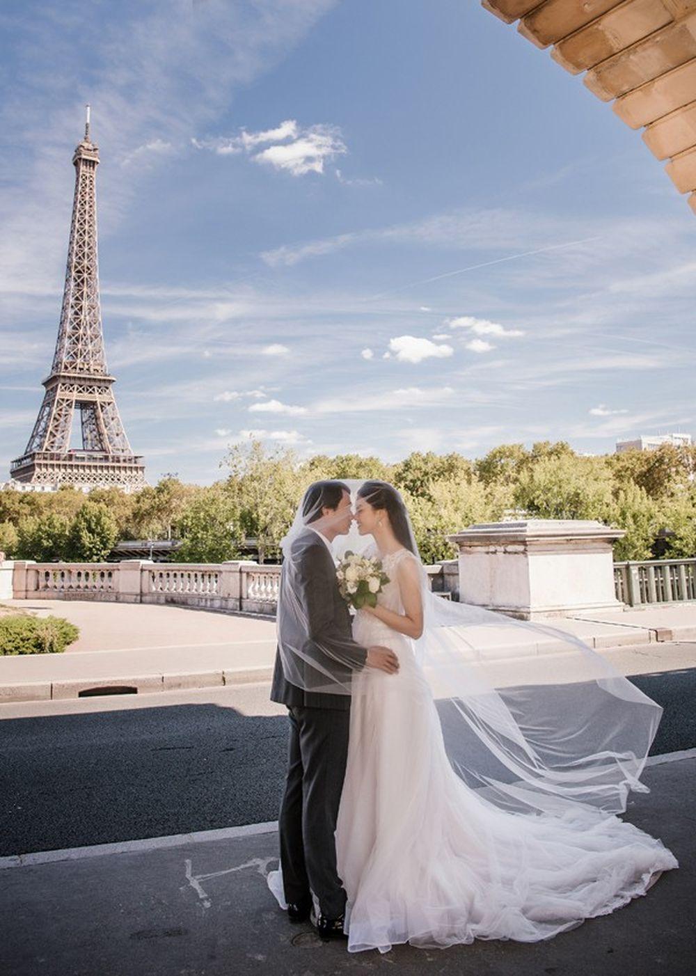 Dưới đây là một số ảnh cưới lãng mạn của cặp đôi tại nước Pháp: