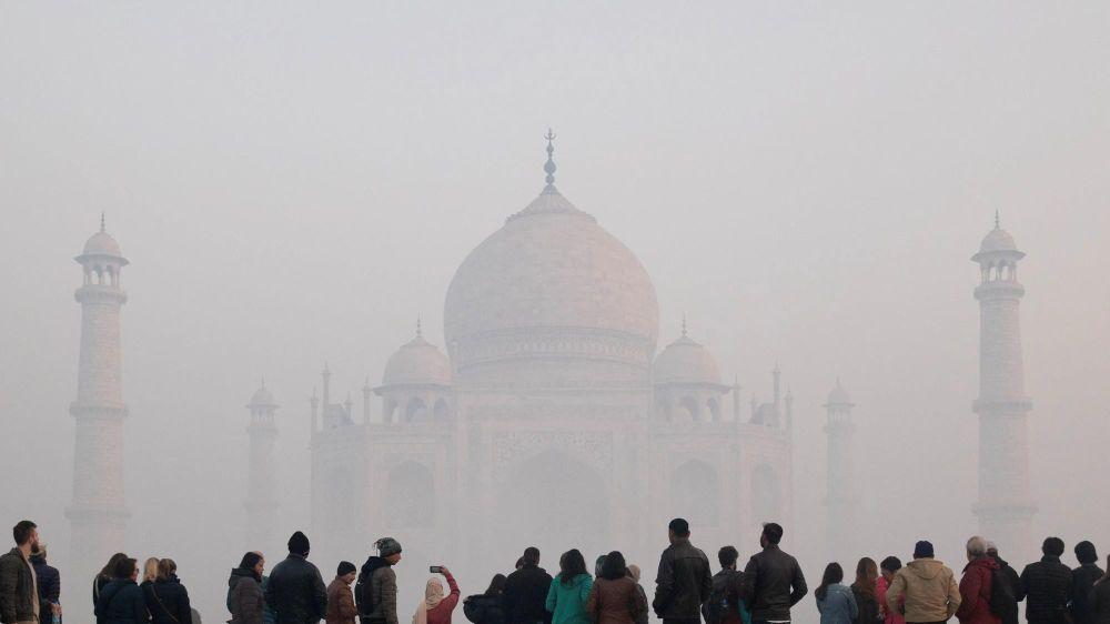 Kết quả hình ảnh cho đá hoa cương Taj mahal ô nhiễm