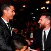 Cả hai ngôi sao Cristiano Ronaldo và Lionel Messi đều không tham dự lễ trao giải FIFA The Best diễn ra vào đêm qua tại London, Anh.