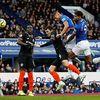 Ở trận cầu sớm nhất vòng 16 Ngoại hạng Anh, Chelsea đã bất ngờ gục ngã 1-3 trước đội bóng đang lâm vào khủng hoảng là Everton trên sân Goodison Park.