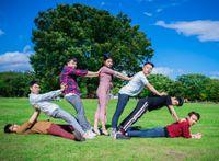 Cách chụp ảnh nhóm 'siêu ngầu' lưu giữ thanh xuân khi đi du lịch