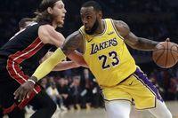 'Ông vua' kỷ lục LeBron James lại khiến người ta phải nhắc đến