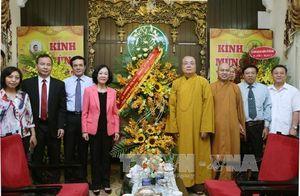 Chúc mừng chức sắc Giáo hội Phật giáo nhân đại lễ Phật đản