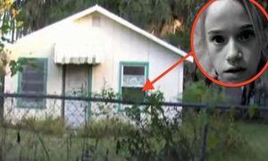 Khuôn mặt bé gái in trên cửa và sự thật kinh hoàng trong nhà gỗ