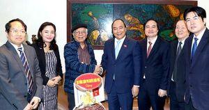 Thủ tướng thăm hỏi, chúc mừng các nhà giáo- văn nghệ sĩ nhân ngày 20/11