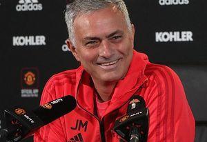 Mourinho đặt mục tiêu cùng Man United đoạt vé dự Champions League