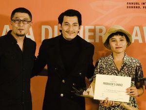'Trai đẹp cho thuê' giành giải thưởng 2.000 USD