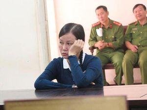 Lừa đảo, cựu cán bộ Viện KSND Tối cao lĩnh 18 năm tù