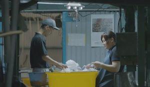 Cận cảnh quá trình làm loại giấy mỏng và bền nhất thế giới của người Nhật