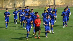 Đội tuyển Việt Nam có buổi tập đầu tiên trước vòng bán kết AFF Cup 2018