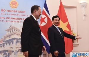 Những hình ảnh lễ đón Ngoại trưởng Triều Tiên tại Việt Nam