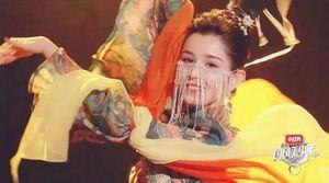 Những diễn viên Trung Quốc nổi tiếng chỉ vì quá đẹp