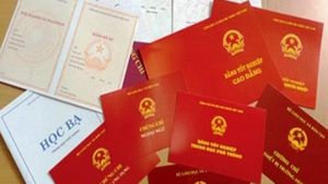 Kỷ luật cảnh cáo 3 cán bộ, đảng viên sử dụng bằng cấp không hợp pháp
