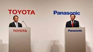 Toyota hợp tác với Panasonic sản xuất pin cho xe điện