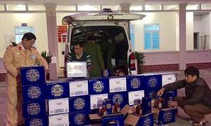 Chặn lô hàng lậu 330 chai rượu Chivas Regal 18