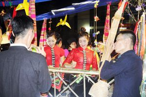 Khắp báo xao của người Thái Mường Lò