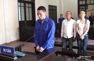 6 năm rưỡi tù giam cho ông bố ngáo đá ném con từ mái nhà