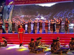 Giao lưu các dân tộc vùng biên giới Việt Nam - Lào