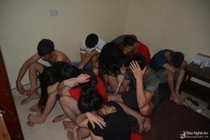 Nhóm thanh niên ở Nghệ An mở tiệc ma túy trong phòng trọ