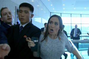 Thư ký báo chí Nhà Trắng đụng độ vệ sĩ Triều Tiên, 'giải cứu' phóng viên