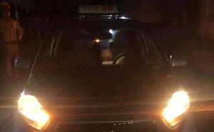 Tài xế taxi bất ngờ tử vong khi chở khách ra sân bay