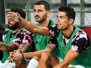 Không thi đấu giao hữu, Ronaldo bị điều tra đòi bồi thường 350 tỉ
