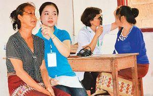 Tình nguyện trên nước bạn Lào
