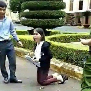 Ẩn tình phía sau vụ cô giáo quỳ khóc, đưa đơn khiếu nại trước sân Ủy ban tỉnh Đắk Lắk