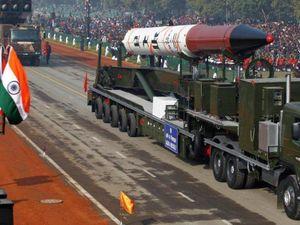 Thủ tướng Pakistan lo lắng về kho vũ khí hạt nhân Ấn Độ