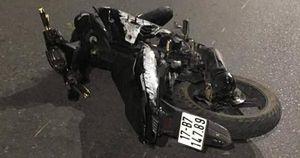 Xe Exciter 'kẹp 5' tông dải phân cách, 4 sinh viên tử vong
