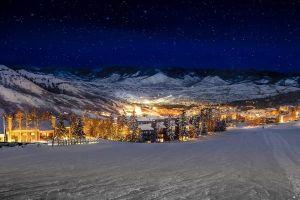 Thị trấn tuyết phủ tuyệt đẹp, các tỷ phú mua để tận hưởng cuộc sống giàu sang