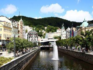 Choáng ngợp với kinh đô điện ảnh Karlovy Vary