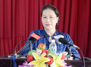 Chủ tịch Quốc hội tiếp xúc cử tri tại quận Cái Răng, TP. Cần Thơ