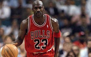 Tỷ phú bóng rổ Michael Jordan giàu có và tiêu xài xa xỉ đến mức nào