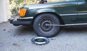 Hướng dẫn cách kích gầm xe ô tô 1 cách an toàn